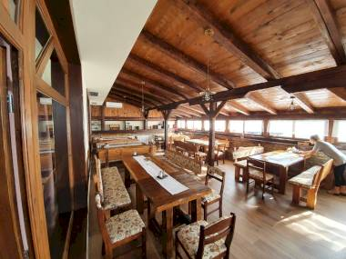 upload_data/site_photos/m_restoran-citadela-01.jpg